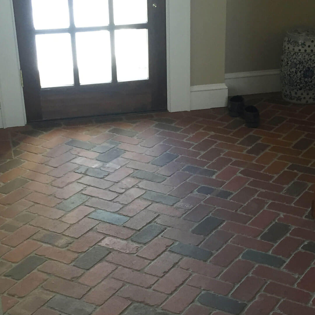Thin brick tile flooring brick paver tiles tumbled brick floor tiles dailygadgetfo Images